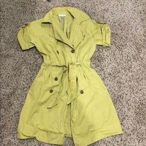Cabi Short Sleeved Trench Coat